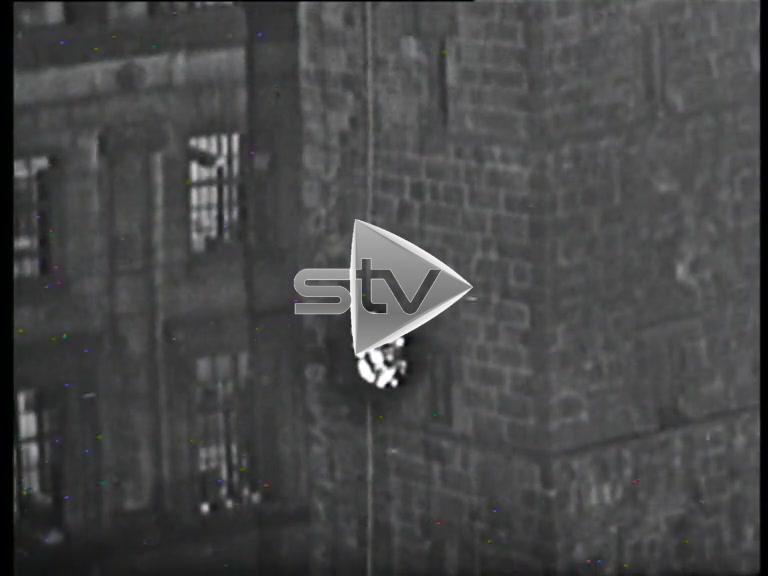 Hogmanay Crowd at Glasgow Cross 1957/58