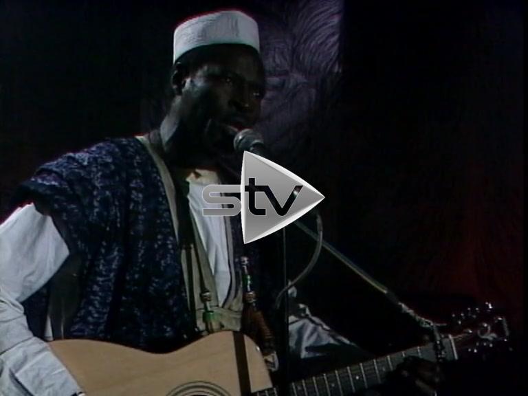 Ali Farka Touré on Aly Bain & Friends