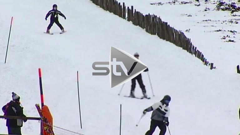 Skiing on Cairgorm Mountain