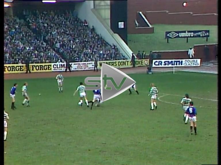 Mo Johnston Scores for Celtic Against Rangers