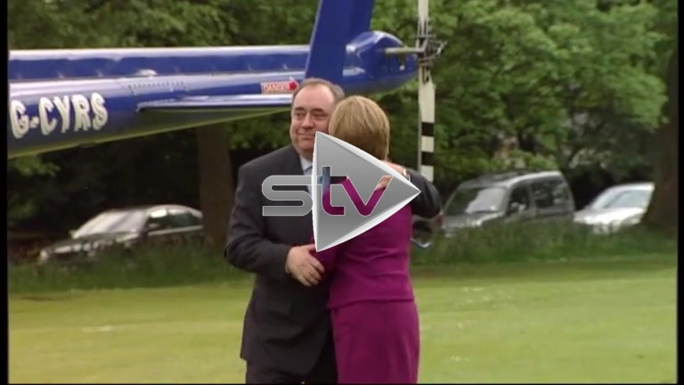 Scottish Parliamentary Election 2011 – Alex Salmond arrives at Prestonfield House by Helicopter