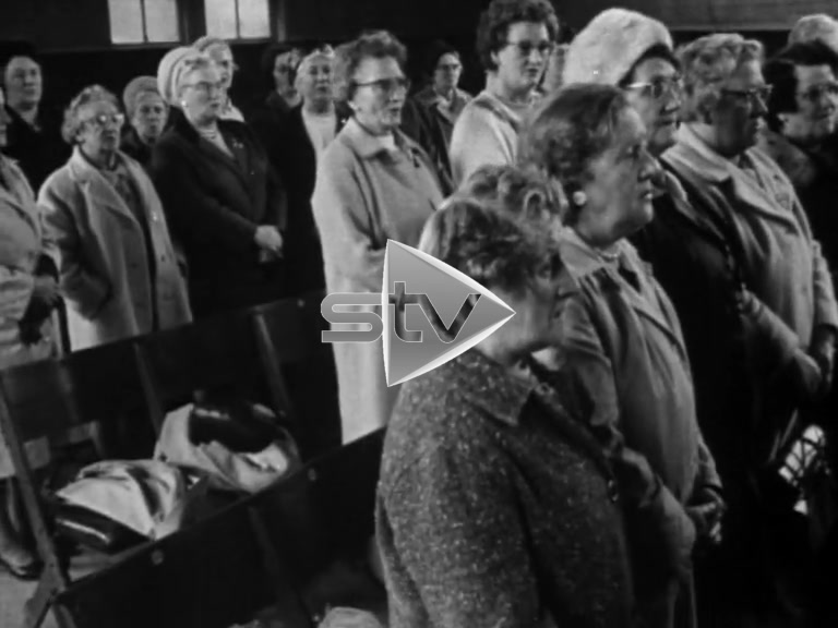 The Cooperative Women's Movement in the Sixties