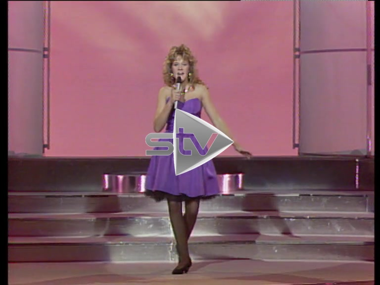 Edith Bowman – Singing on TV Talent Show 1988