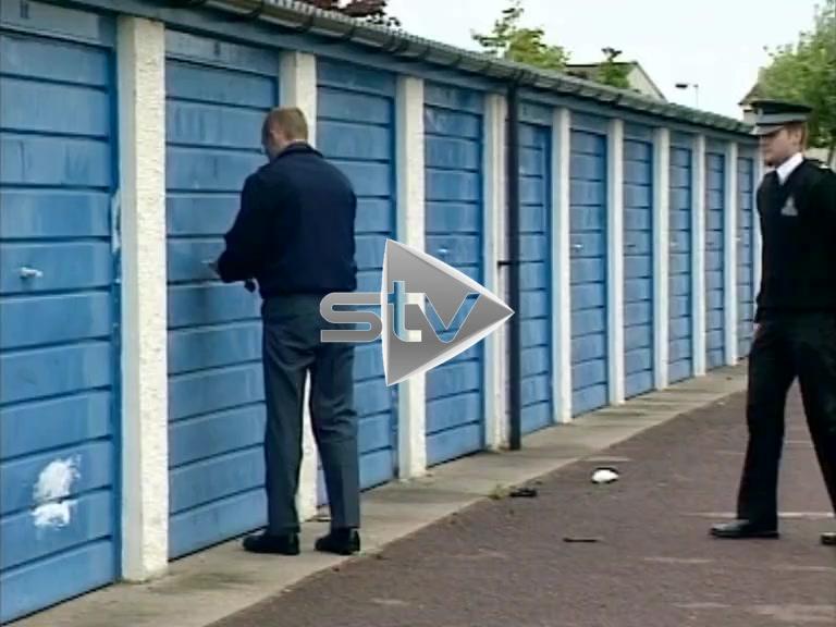 Police Search Garage for Arlene Fraser