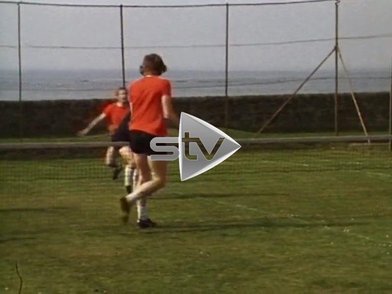 Celtic Play Head Tennis
