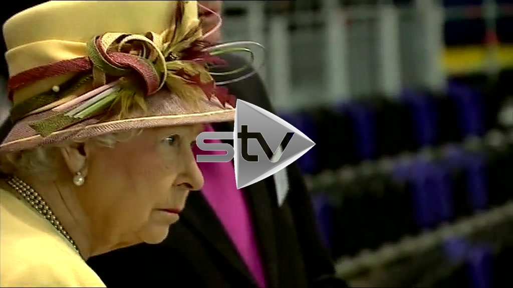 The Queen at Commonwealth HQ