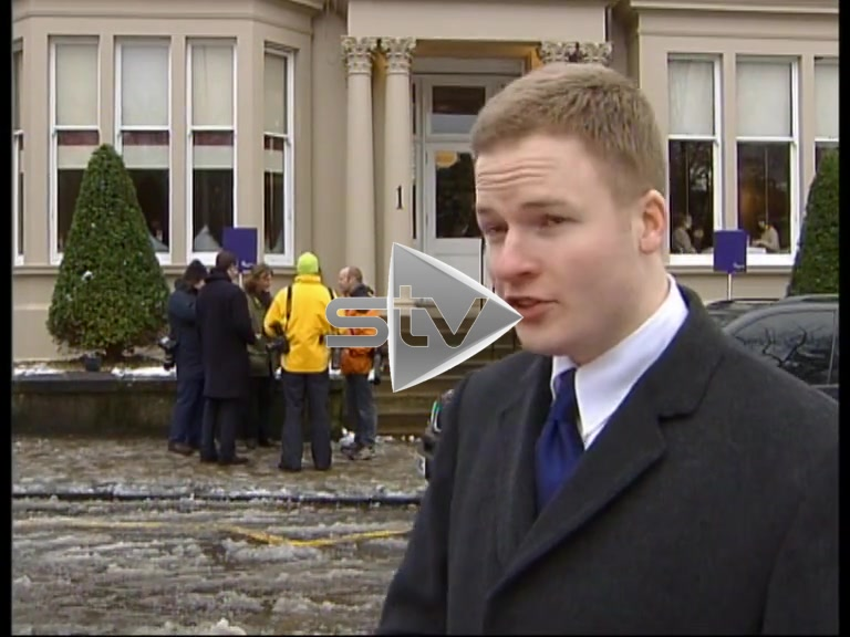 Outtakes – Reporter Pelted by Snowballs