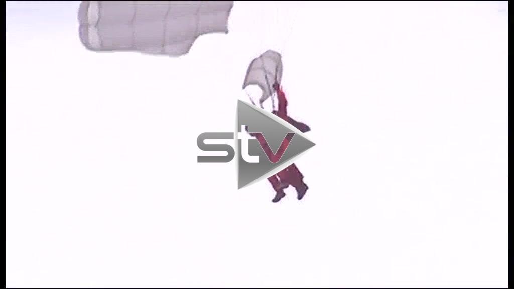 89 Year Old D-Day Veteran Recreates His Normandy Parachute Jump