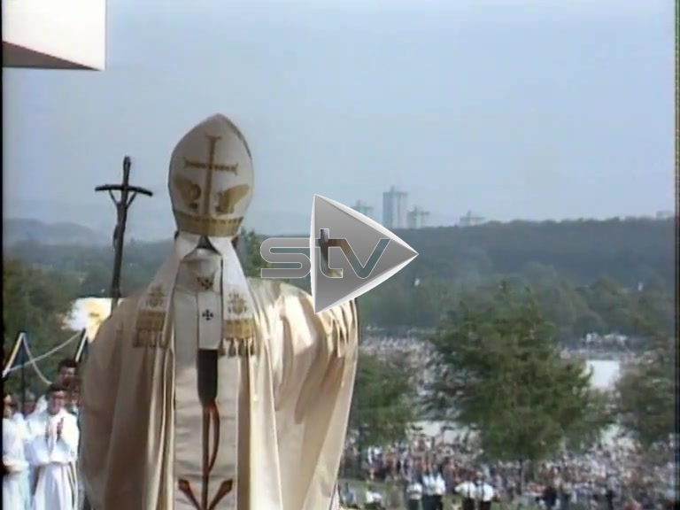Holy Mass in Bellahouston Park (1982)