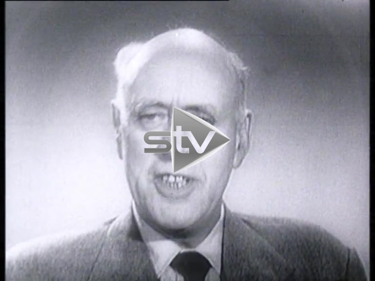 """Alastair Sim Reads the Poem """"In the Highlands"""""""